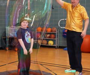 bubble artist for parties